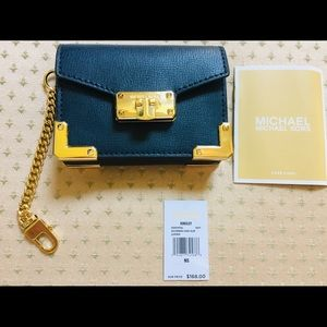 MICHAEL Michael Kors Kingsley Accordion CardHolder